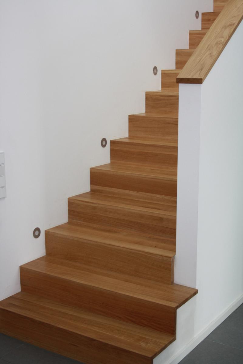 treppenbel ge f r neubau oder auch treppenrenovierungen. Black Bedroom Furniture Sets. Home Design Ideas
